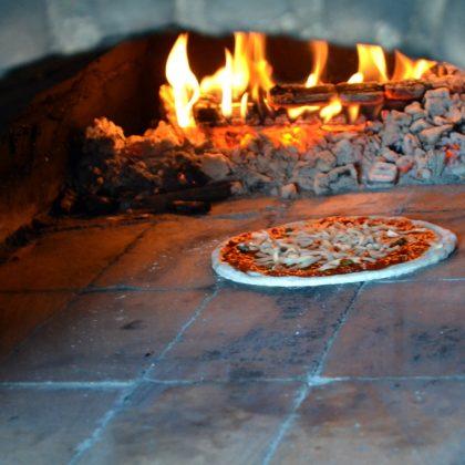 【こだま食堂】ピザはじまるよ!【火の人サニー】